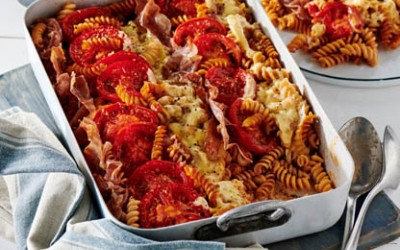 Tomate-Mozzarella-Gratin mit Parmaschinken