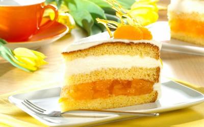 Mandel-Ricotta-Torte mit Mandarinen