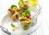 Nudel-Filet-Salat mit gegrillter Ananas