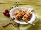 Hähnchenspieße mit Paprika und Papaya