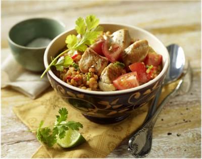 Hähnchen-Curry mit Linsen und Tomaten