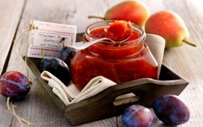 Pflaumen-Birnen-Fruchtaufstrich mit Slibowitz