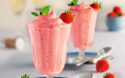 Erdbeer-Prosecco-Mousse
