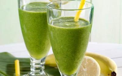 Grüner Matcha-Smoothie