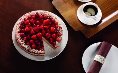 Erdbeer-Buttermilch-Torte mit Prosecco