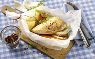 Gedämpfte Hähnchenbrust mit Fenchel, Zitrone und Möhre