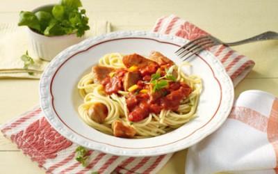 Spaghetti mit Paprikacreme und Pute