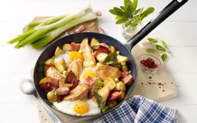 Hähnchen-Kartoffel-Pfanne mit Speck und Salbei