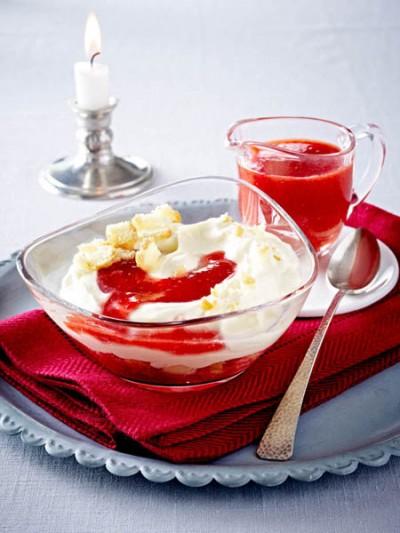 Erdbeer-Quark-Trifle