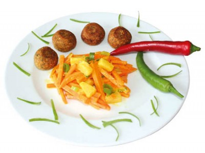Falafel mit Süßkartoffel-Kokos-Pfanne