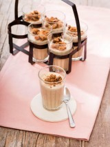 Dinkel-Kaffee-Parfait mit Schoko-Cookies