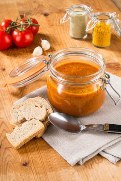 Pikante Curry-Gazpacho