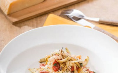 Spirelli mit Tomatensugo, Salsiccia und gebratenem Fenchel