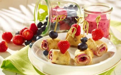 Pfannkuchen mit Fruchtfüllung