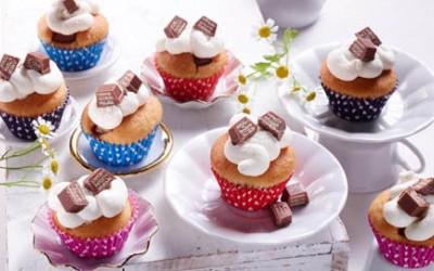 Surprise-Inside-Mini-Muffins