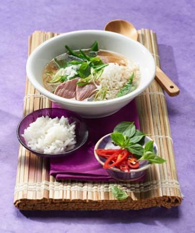 Thai-Rindfleischsuppe mit Jasmin-Reis