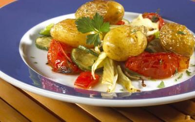 Sherry-Kartoffeln mit Ofengemüse
