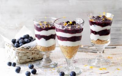 Heidelbeere-Schicht-Dessert