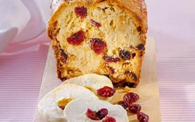 Cranberry-Brot mit Zimtäpfeln