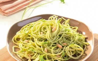 Nudeln mit Pesto-Varianten