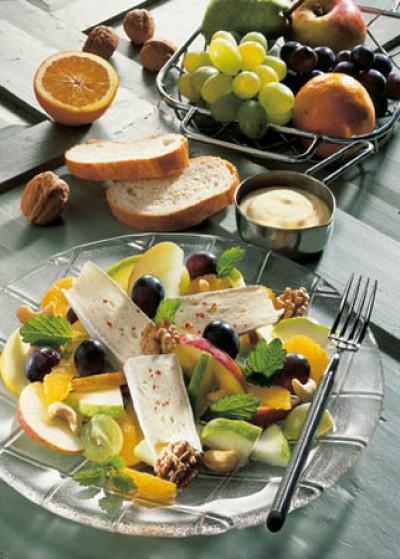Fruchtiger Käsesalat