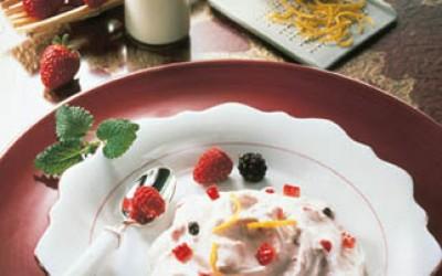 Vanille-Quarkcreme mit Erdbeeren