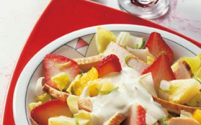Geflügelsalat mit Erdbeeren