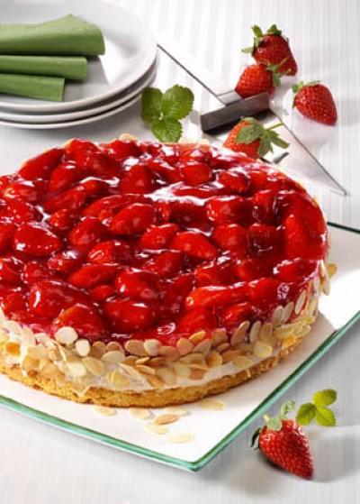Erdbeer-Quark-Torte