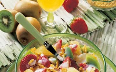 Erdbeer-Kiwi-Müsli mit Vitamin-Cocktail