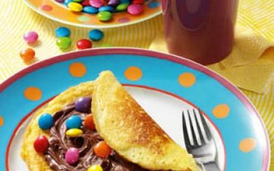 Pfannkuchen mit Smarties und Nuss-Nougatcreme
